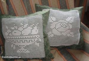 2 almofadas decorativas