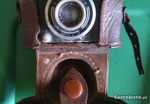 Máquina Fotográfica 35 mm-Muito Antiga- + 60 anos