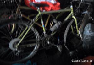 bicicletas antigas e novas