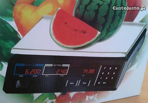 balança nova electrónica até 40 quilos .Tem 2 viso