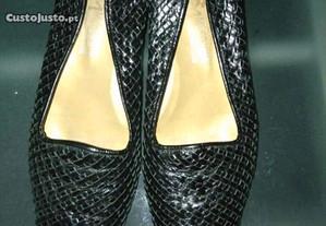 Sapatos de pele tamanho 37