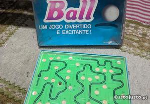 Jogo de Tabuleiro - Roll Ball