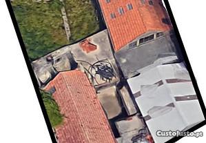 Moradia para reconstrução em Perafita / Matosinhos