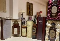Pack whisky exclusive