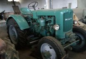 Tractor man 4 X4 com molas de carroça