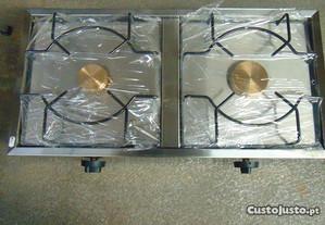 Fogão industrial de inox com válvulas de segurança