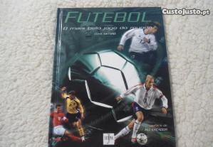 Futebol por Clive Gifford