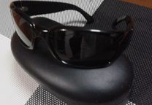 Óculos de sol marca auriol com estojo, originais