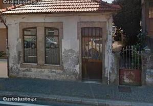 Ref. 2923 Casa para restauro em fanzeres