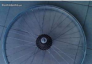 Roda de bicicleta de trás de montanha 26 c/ 7vel