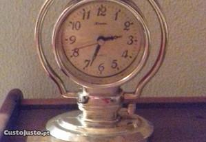 Relógio mesa