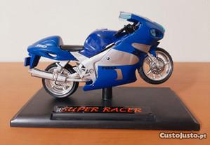 Moto Super Racer Carrera SRAD 750cc