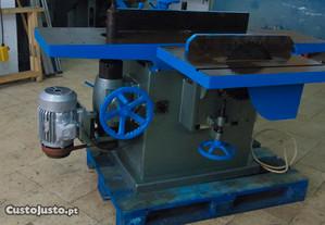 Máquina Semi-Universal - carpintaria