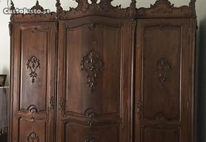 Roupeiro D. João V de 3 portas