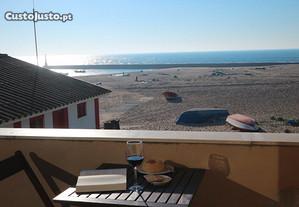 Casa na praia da Aguda frente ao Mar para férias