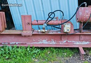 Rachador elétrico trifásico