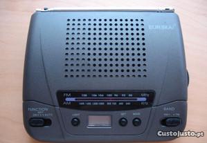 Radio despertador NOVO
