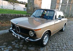 BMW 1602 Ceylon Gold