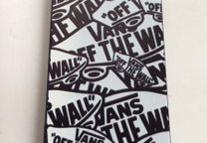 Capa Plástico Vans para iPhone SE / 5 / 5s - NOVAS