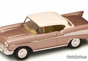 Miniatura 1:43 Low Cost Chevrolet Bel Air 1957
