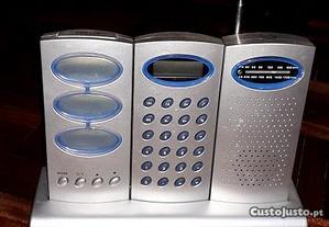 Despertador, calculadora e rádio
