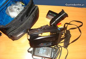 Camera de Filmar Panasonic Palmcorder VHS RJ27