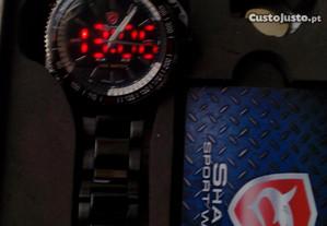 Relógios dos Homens dual horas
