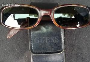 oculos sol guess, originais / bolsa em pele, couro