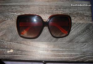 Oculos de sol castanho