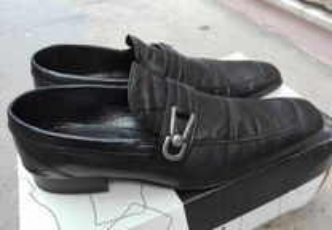 Sapatos de Homem n.º 41
