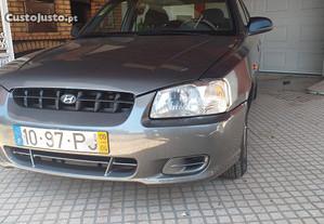 Hyundai Accent 1.3 - 00