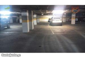 Garagem para um carro, 10m2.