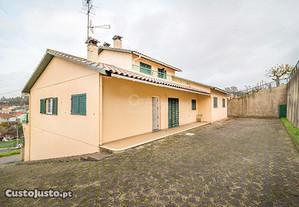Moradia T4 420,00 m2