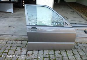 Porta frente lado direito Mercedes 190