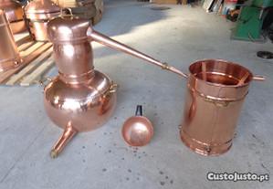 Alambique 125 litros para destilação de medronho