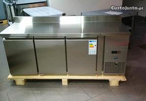 Bancada refrigerada 1800x600x900 NOVA