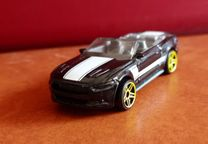 Hot Hheels Ford Mustang GT Convertible