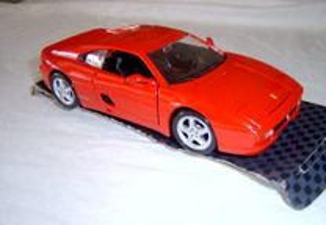 Ferrari F355 da Maisto escala 1/24