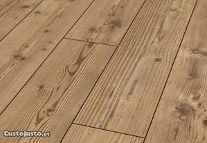 Soalho em madeira natural