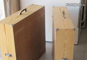 2 Malas / estantes para miniaturas (feira)