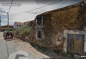 Casa com quintal - Ruinas