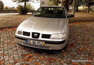 Seat Ibiza 1.0 MPI - 01