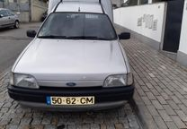 Ford Courier 1800 D - 93