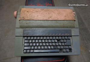 Maquina de Escrever anos 90 marca Facit .Ideal par