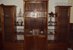 Móvel de sala em castanho