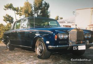 Rolls Royce Silver Shadow Volante à direita