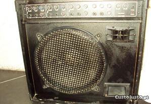 Amplificador Maxtone ka100.