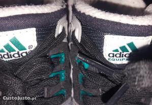 Sapatilhas Adidas Bebé tamanho 20