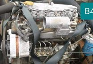 Motor Nissan Atleon B4-40