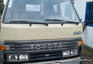 Toyota Dina 250 ligueira de 94